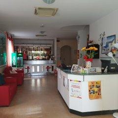 Hotel Criss гостиничный бар