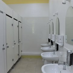 Гостиница Хостел Mishka Inn в Волгограде 7 отзывов об отеле, цены и фото номеров - забронировать гостиницу Хостел Mishka Inn онлайн Волгоград ванная фото 2