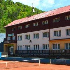 Sport Hotel Gejzirpark парковка