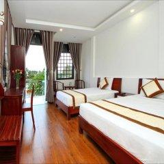 Отель Azalea Homestay комната для гостей