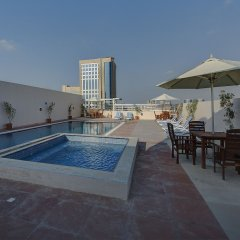 Отель Orchid Vue бассейн фото 3