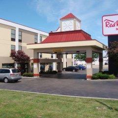 Отель Red Roof Inn & Suites Columbus - W. Broad вид на фасад фото 3
