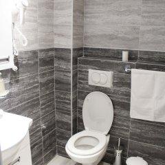 Отель Mi Familia Guest House Сербия, Белград - отзывы, цены и фото номеров - забронировать отель Mi Familia Guest House онлайн ванная