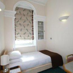Отель Number 63 Ltd Лондон комната для гостей фото 2