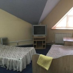 Гостиница Robot в Воткинске отзывы, цены и фото номеров - забронировать гостиницу Robot онлайн Воткинск комната для гостей фото 5