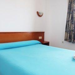 Отель Aparthotel Almonsa Platja Испания, Салоу - 6 отзывов об отеле, цены и фото номеров - забронировать отель Aparthotel Almonsa Platja онлайн комната для гостей фото 4