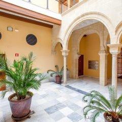 Отель Casa Singular Испания, Херес-де-ла-Фронтера - отзывы, цены и фото номеров - забронировать отель Casa Singular онлайн интерьер отеля