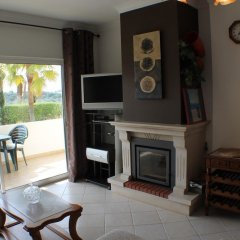 Апартаменты Apartment With 2 Bedrooms in Albufeira, With Pool Access, Enclosed Gar комната для гостей фото 2