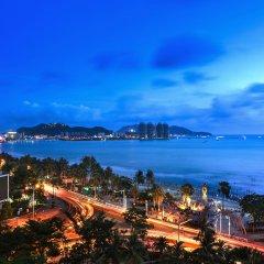 Sanya Golden Phoenix Sea View Hotel пляж