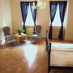 Апартаменты Apartment Charles Bridge - View Прага комната для гостей фото 2