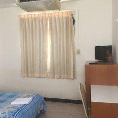 Отель Chantorn Jomtien Guest House 2 удобства в номере