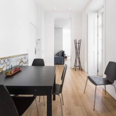 Отель Lisbon Serviced Apartments - Baixa Chiado Португалия, Лиссабон - 1 отзыв об отеле, цены и фото номеров - забронировать отель Lisbon Serviced Apartments - Baixa Chiado онлайн комната для гостей