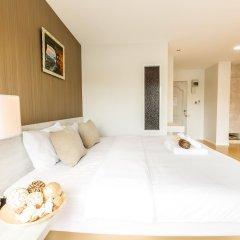 Отель Baron Residence Бангкок комната для гостей фото 4