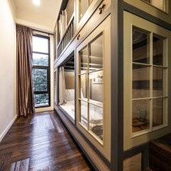 Warm Window Silom - Hostel Бангкок комната для гостей фото 3