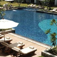 Отель Naithonburi Beach Resort Phuket бассейн