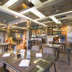 Отель Thavorn Palm Beach Resort Phuket Таиланд, Пхукет - 10 отзывов об отеле, цены и фото номеров - забронировать отель Thavorn Palm Beach Resort Phuket онлайн питание фото 2