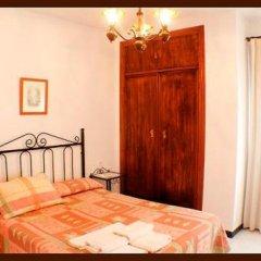 Отель Hostal Torre de Guzman Испания, Кониль-де-ла-Фронтера - отзывы, цены и фото номеров - забронировать отель Hostal Torre de Guzman онлайн комната для гостей