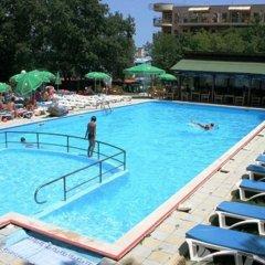 Hotel Varshava Золотые пески бассейн фото 2