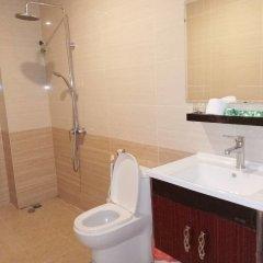 Отель Nha Trang Star Villa Hotel Вьетнам, Нячанг - отзывы, цены и фото номеров - забронировать отель Nha Trang Star Villa Hotel онлайн ванная