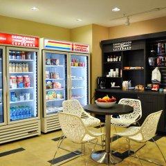 Отель Candlewood Suites Bay City питание
