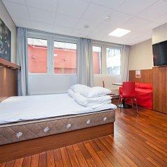 Отель Omena Hotel Yrjonkatu Финляндия, Хельсинки - 9 отзывов об отеле, цены и фото номеров - забронировать отель Omena Hotel Yrjonkatu онлайн комната для гостей фото 3
