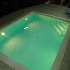 Отель U Caruggiu Боргомаро бассейн фото 2