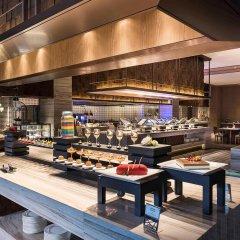 Отель Novotel Shanghai Clover гостиничный бар