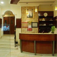 Отель Al Bishr Hotel Apartments ОАЭ, Шарджа - отзывы, цены и фото номеров - забронировать отель Al Bishr Hotel Apartments онлайн интерьер отеля фото 3