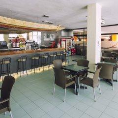 Azuline Hotel Pacific гостиничный бар