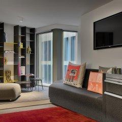 Отель W Amsterdam комната для гостей