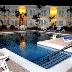 Hotel Four Seasons Кингстон