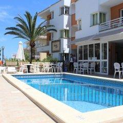Отель Apartamentos Bauló Mar бассейн