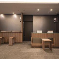 Отель R&B Hotel Hakataekimae Dai 2 Япония, Хаката - отзывы, цены и фото номеров - забронировать отель R&B Hotel Hakataekimae Dai 2 онлайн интерьер отеля фото 3