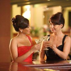 Отель Club Palm Bay гостиничный бар