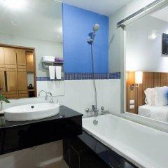 Отель ANDAKIRA Пхукет ванная