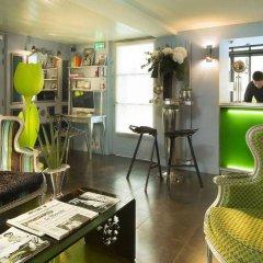Отель Design Sorbonne Париж гостиничный бар