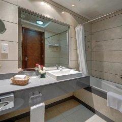 Отель Copthorne Hotel Dubai ОАЭ, Дубай - 4 отзыва об отеле, цены и фото номеров - забронировать отель Copthorne Hotel Dubai онлайн ванная фото 2