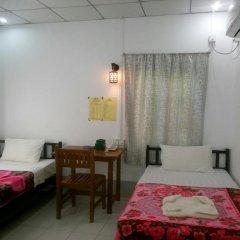 Отель Naung Yoe Motel Мьянма, Пром - отзывы, цены и фото номеров - забронировать отель Naung Yoe Motel онлайн комната для гостей фото 2