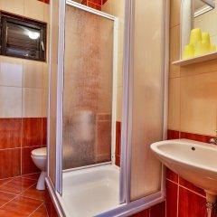 Отель Villa Dvor Kornic Черногория, Будва - отзывы, цены и фото номеров - забронировать отель Villa Dvor Kornic онлайн ванная фото 2