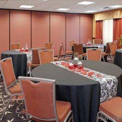 Отель Hampton Inn & Suites Columbus-Easton Area