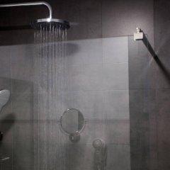 Отель Malcom and Barret Валенсия ванная