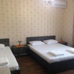 Гостиница Гостевой дом Бонжур Украина, Бердянск - отзывы, цены и фото номеров - забронировать гостиницу Гостевой дом Бонжур онлайн комната для гостей