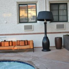 Отель Santa Barbara House бассейн фото 2