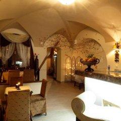 Отель Almandine Чехия, Прага - отзывы, цены и фото номеров - забронировать отель Almandine онлайн интерьер отеля фото 3