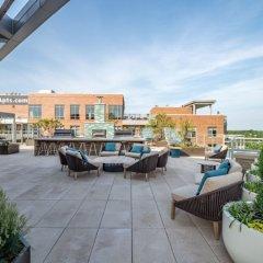 Отель Global Luxury Suites at Woodmont Triangle South США, Бетесда - отзывы, цены и фото номеров - забронировать отель Global Luxury Suites at Woodmont Triangle South онлайн бассейн фото 3