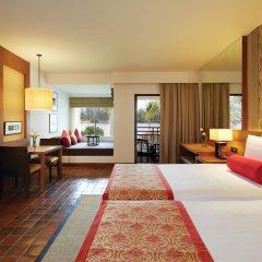 Отель Outrigger Laguna Phuket Beach Resort комната для гостей фото 5