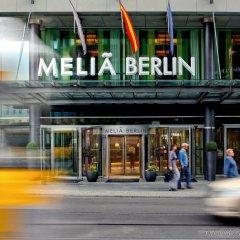 Melia Berlin Hotel бассейн
