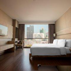 Отель Adelphi Suites Bangkok комната для гостей