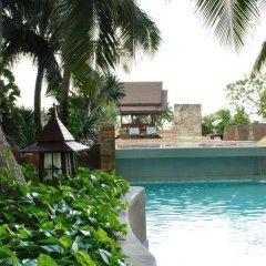 Отель Century Park Бангкок бассейн