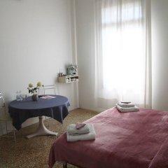 Отель B&B Giardino Jappelli (Villa Ca' Minotto) Италия, Роза - отзывы, цены и фото номеров - забронировать отель B&B Giardino Jappelli (Villa Ca' Minotto) онлайн комната для гостей